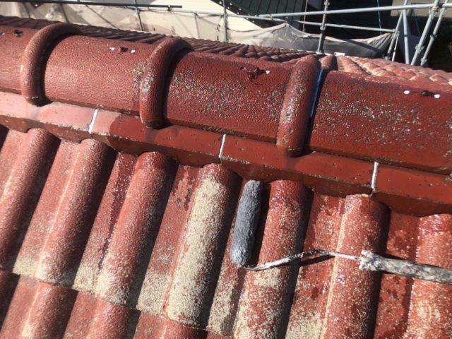 【宮崎県宮崎市】大字恒久のアルミニウム製バルコニーがある住宅で外壁・屋根・付帯部塗装をした工事屋根下塗り