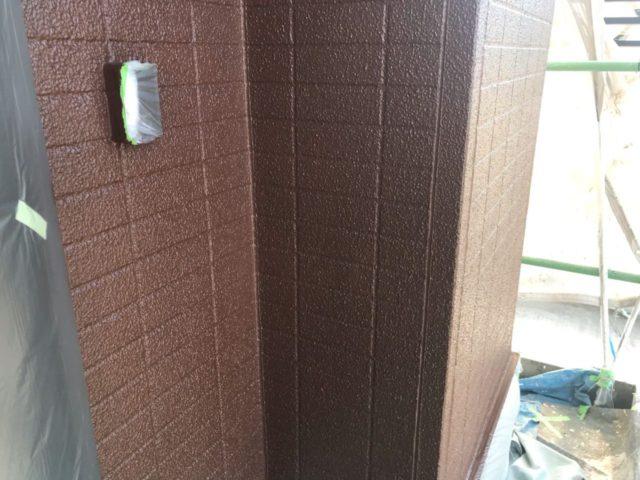 【宮崎県宮崎市】跡江にあるFRP防水のバルコニーの住宅で外壁・屋根・付帯部塗装をした工事壁上
