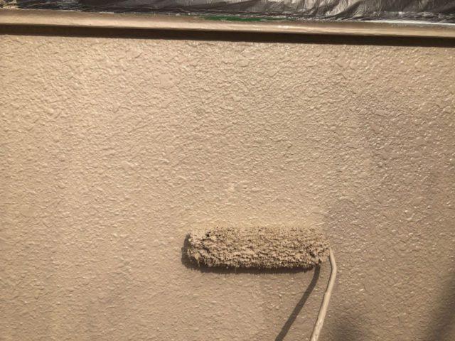 【宮崎県宮崎市】神宮にあるモニエル瓦とALC外壁の住宅で外壁・屋根・付帯部塗装をした工事壁上