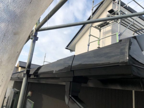 【宮崎県都城市】都北町にある29坪の住宅で外壁・屋根・付帯部塗装をした工事雨樋