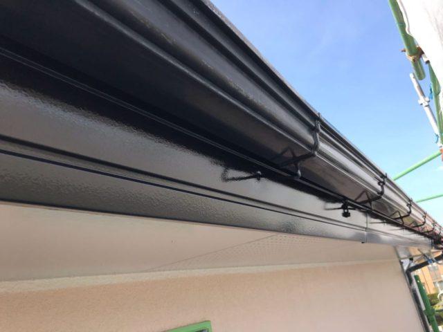 【宮崎県宮崎市】跡江にあるFRP防水のバルコニーの住宅で外壁・屋根・付帯部塗装をした工事雨樋