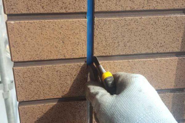 【宮崎県宮崎市】本郷南方にある粘土瓦の住宅で外壁・付帯部塗装をした工事シーリング撤去