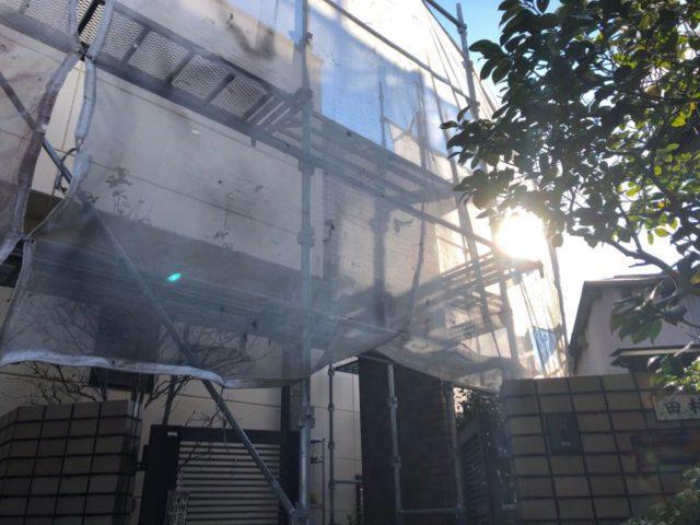 【宮崎県宮崎市】神宮にあるモニエル瓦とALC外壁の住宅で外壁・屋根・付帯部塗装をした工事養生