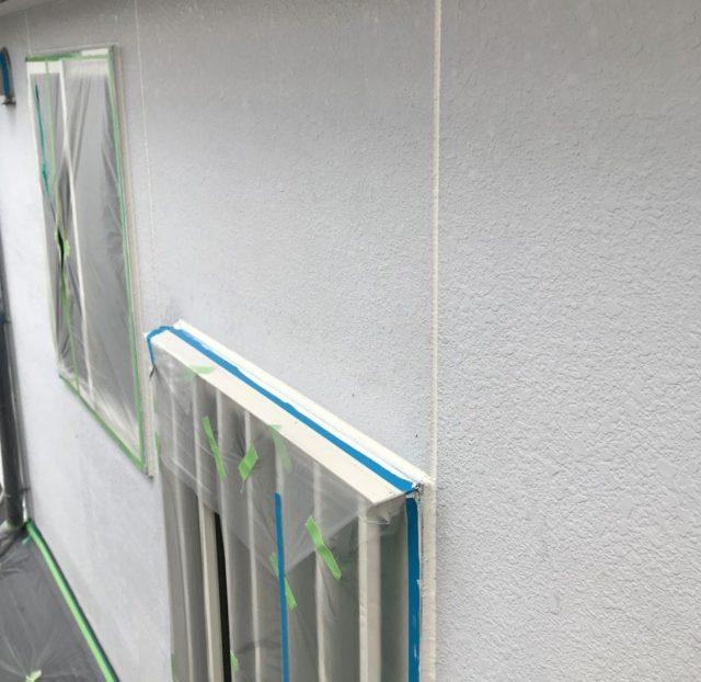 【宮崎県宮崎市】大坪東にあるアルミニウム製のバルコニーの住宅で外壁・屋根・付帯部塗装をした工事シーリング