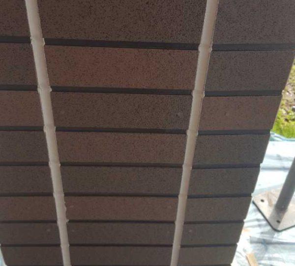 【宮崎県宮崎市】本郷南方にある粘土瓦の住宅で外壁・付帯部塗装をした工事シーリング