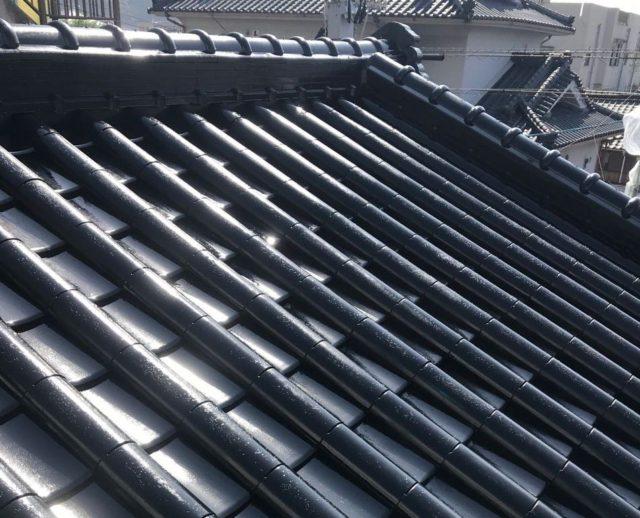 【鹿児島県姶良市】平屋の瓦屋根の住宅で外壁・屋根・付帯部塗装をした工事屋根中