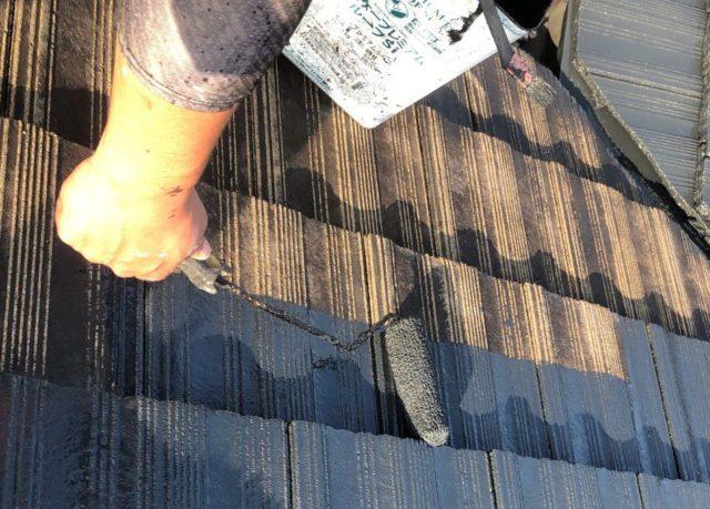 【宮崎県宮崎市】神宮にあるモニエル瓦とALC外壁の住宅で外壁・屋根・付帯部塗装をした工事屋根中