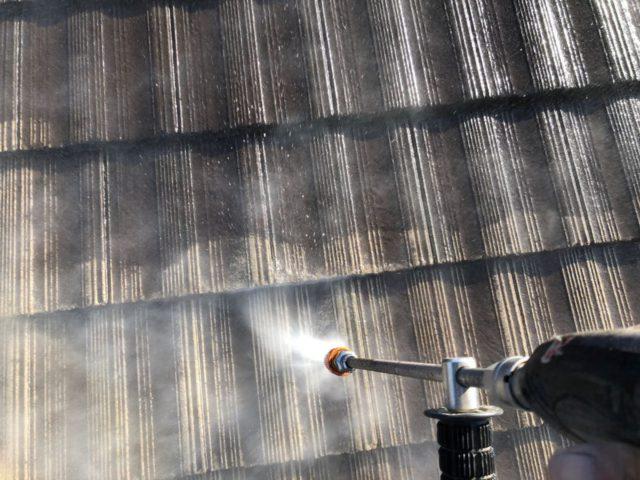 【宮崎県宮崎市】神宮にあるモニエル瓦とALC外壁の住宅で外壁・屋根・付帯部塗装をした工事洗浄