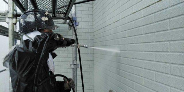 【宮崎県宮崎市】清武町加納乙にあるFRP防水のバルコニーの住宅で外壁・屋根・付帯部塗装をした工事洗浄