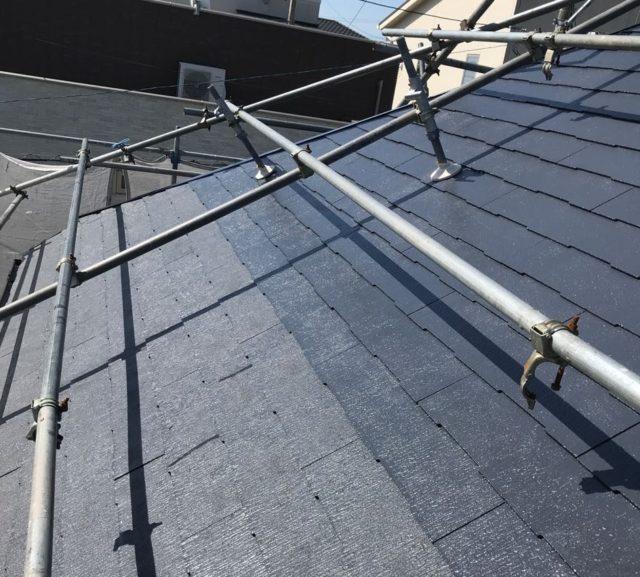 【宮崎県宮崎市】大坪東にあるアルミニウム製のバルコニーの住宅で外壁・屋根・付帯部塗装をした工事屋根上