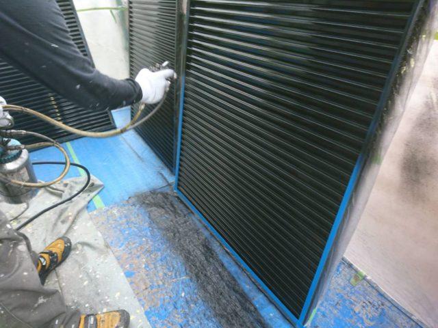 【宮崎県宮崎市】薫る坂にあるALC外壁の住宅で外壁・屋根・付帯部塗装をした工事雨戸