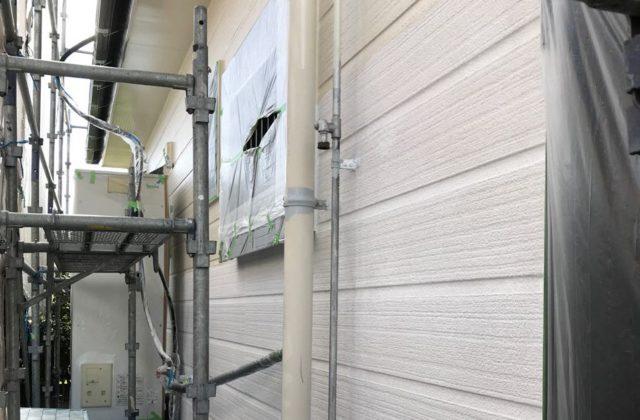 【宮崎県宮崎市】源藤町堤下にある35坪の住宅でシーリング補修をしていきます外壁中塗り_1_確定
