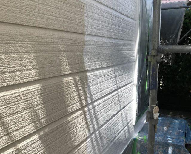 【宮崎県宮崎市】源藤町堤下にある35坪の住宅でシーリング補修をしていきます外壁下塗り_1_確定