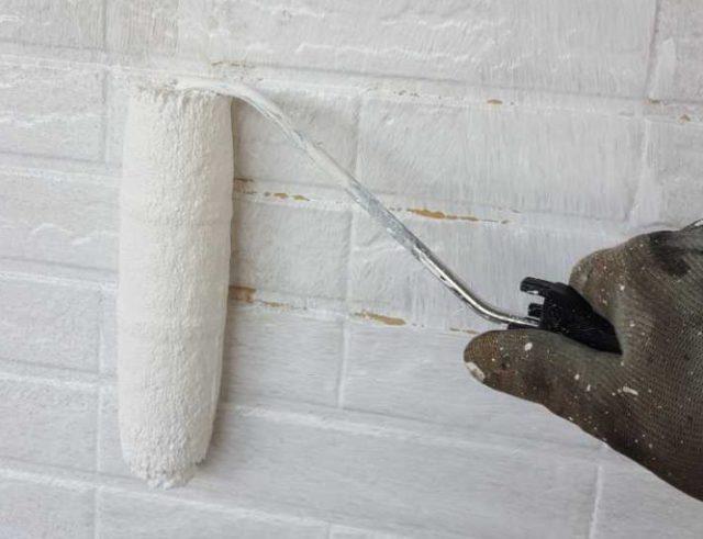 【宮崎県宮崎市】生目台西にある住宅で123平方メートルの外壁を塗装するために足場を設置します外壁下塗り_1_予備1