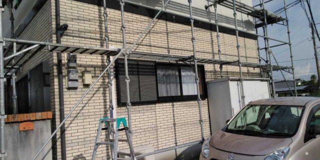 【宮崎県宮崎市】本郷北方にある34坪の住宅で窯業系サイディングを塗装するために足場を設置します足場設置_1_確定