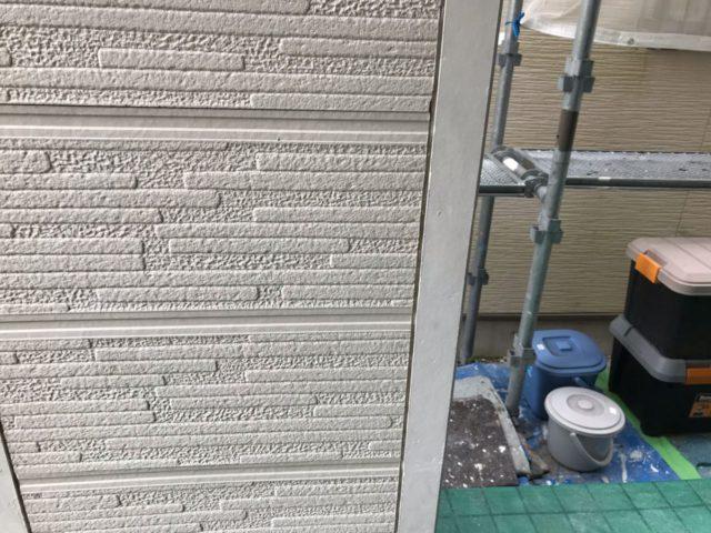 【宮崎県宮崎市】花ヶ島町立野にある45坪の住宅で外壁塗装のための足場を設置しますシール撤去_1_確定