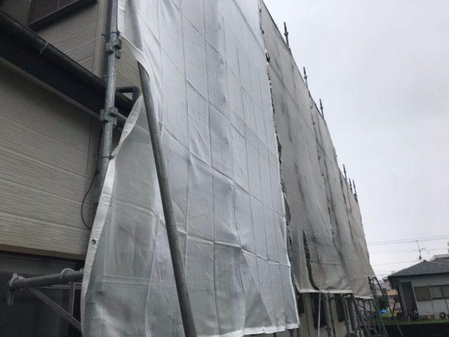 【宮崎県宮崎市】花ヶ島町立野にある45坪の住宅で外壁塗装のための足場を設置します水養生_1_予備1