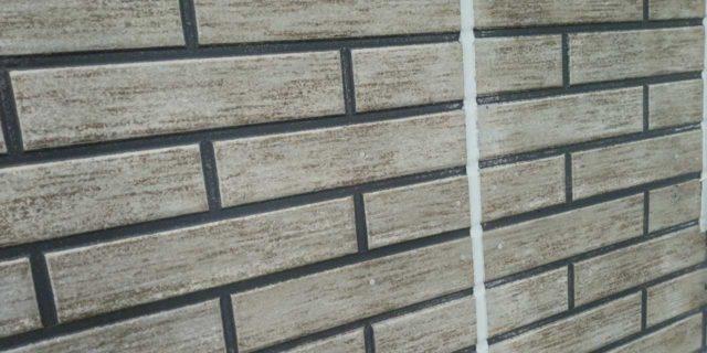 【宮崎県宮崎市】本郷北方にある34坪の住宅で窯業系サイディングを塗装するために足場を設置しますシーリング完了_1_確定