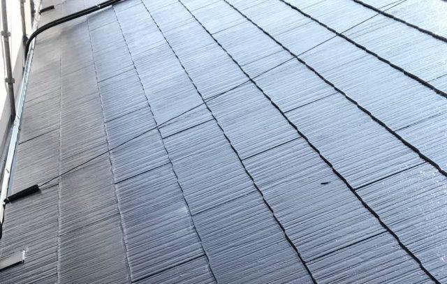 【宮崎県宮崎市】源藤町堤下にある35坪の住宅でシーリング補修をしていきます屋根中塗り_1_確定