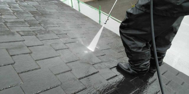 【宮崎県宮崎市】生目台西にある住宅で123平方メートルの外壁を塗装するために足場を設置します高圧洗浄洗い流し_1_確定