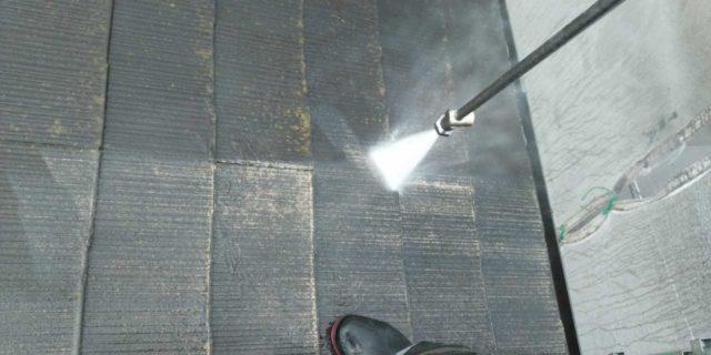 【宮崎県宮崎市】本郷北方にある34坪の住宅で窯業系サイディングを塗装するために足場を設置します高圧洗浄洗い流し_1_確定