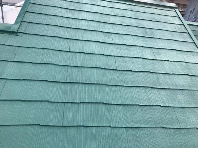 【宮崎県宮崎市】花ヶ島町立野にある45坪の住宅で外壁塗装のための足場を設置します屋根上塗り_1_予備1
