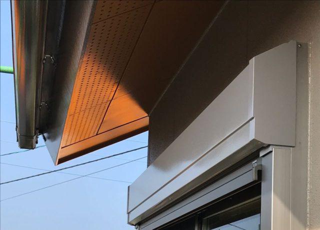 【宮崎県宮崎市】清武町池田台にある38坪の住宅で窯業系サイディングのシーリングをします雨戸上塗り_1_確定