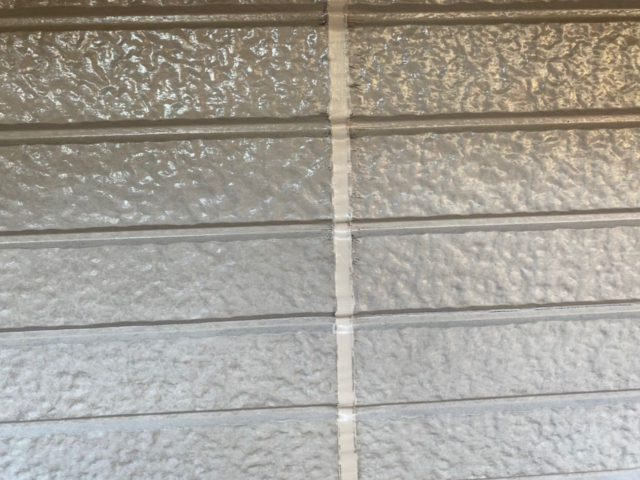 塗装前のコーキング補修