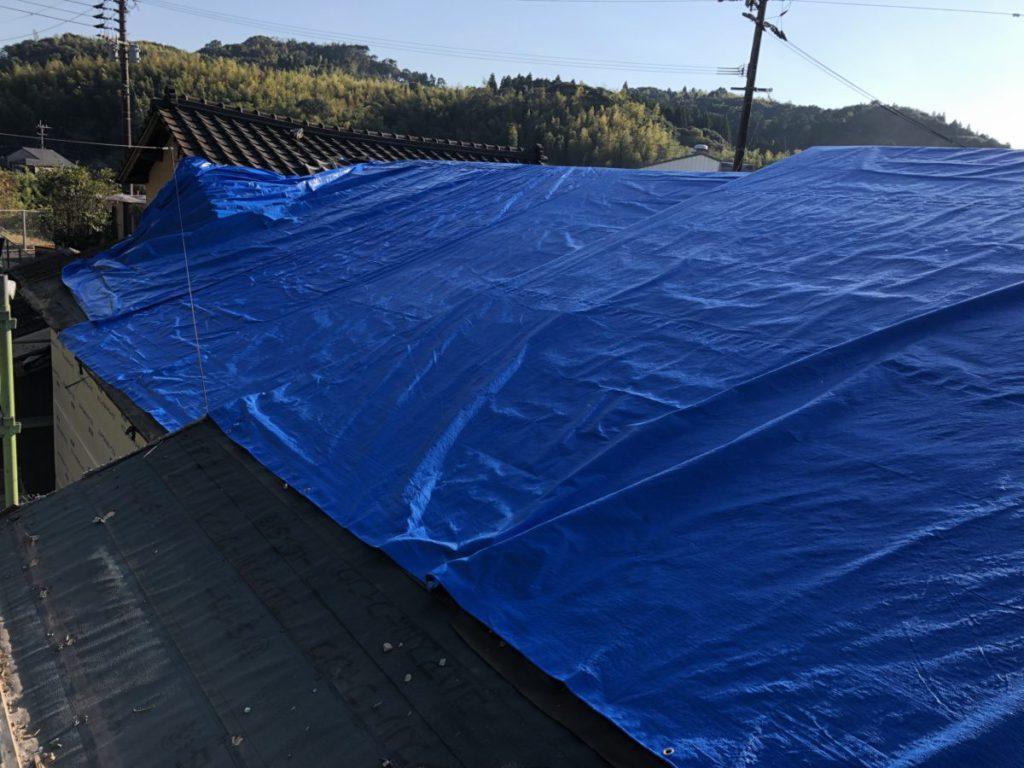 屋根の葺き替え中