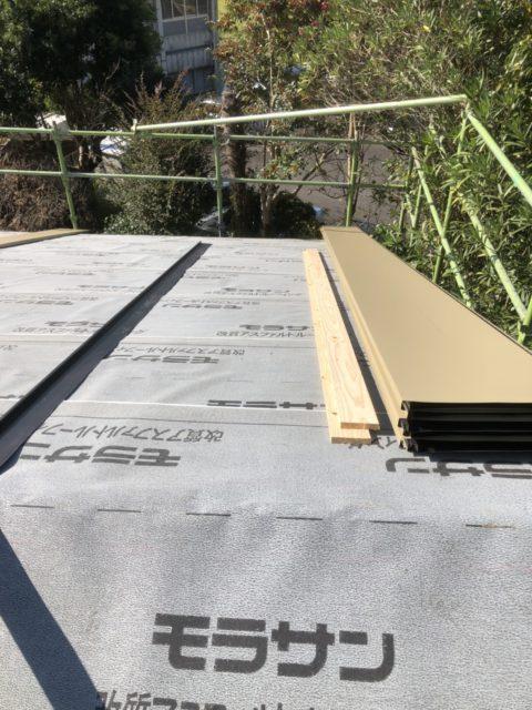 ガルバリウム鋼板 防水シート次