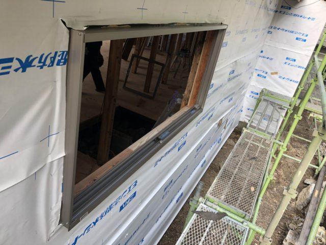 全面リフォーム壁に窓の設置
