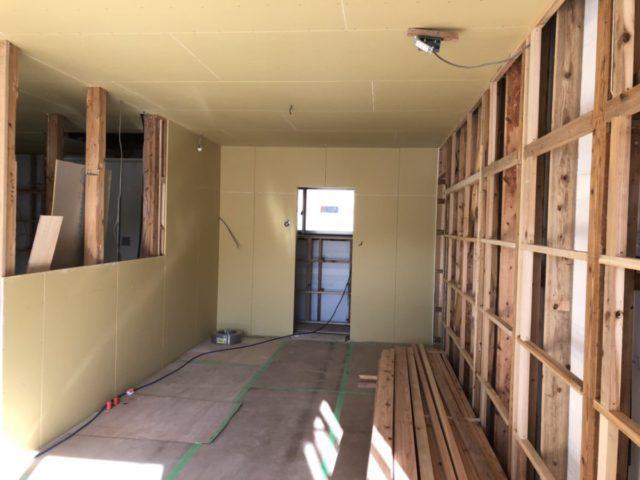 リフォーム壁施工中の様子