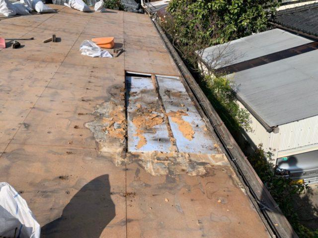 鹿児島での屋根葺き替え工事の様子